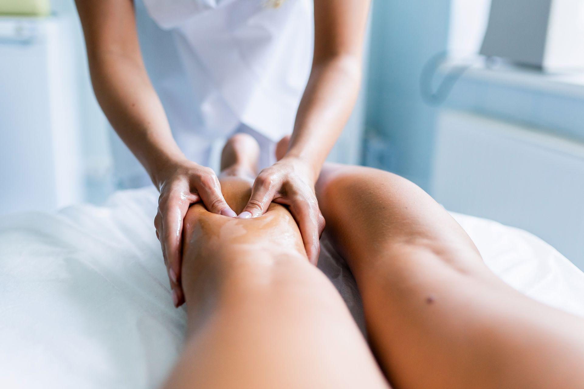 Massage pour les crampes musculaires